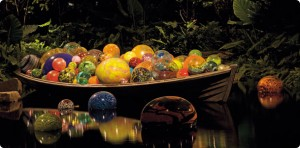 floatboat_chihuly 1
