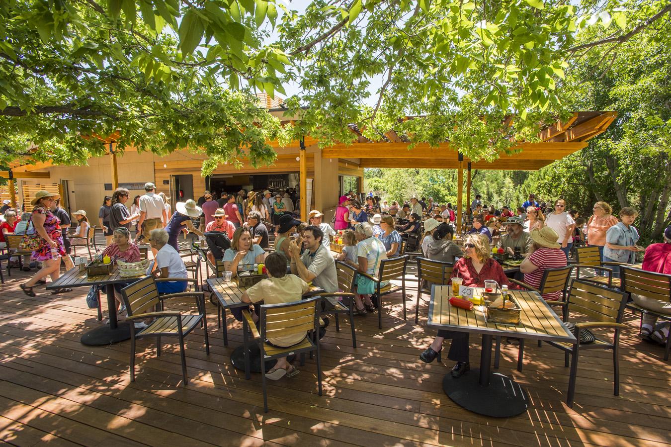 Denver Botanic Gardens\' busy bees open new restaurant | Penny Parker