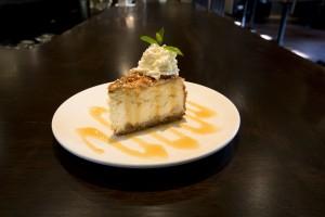 Caramel-Apple-Cheesecake (1)